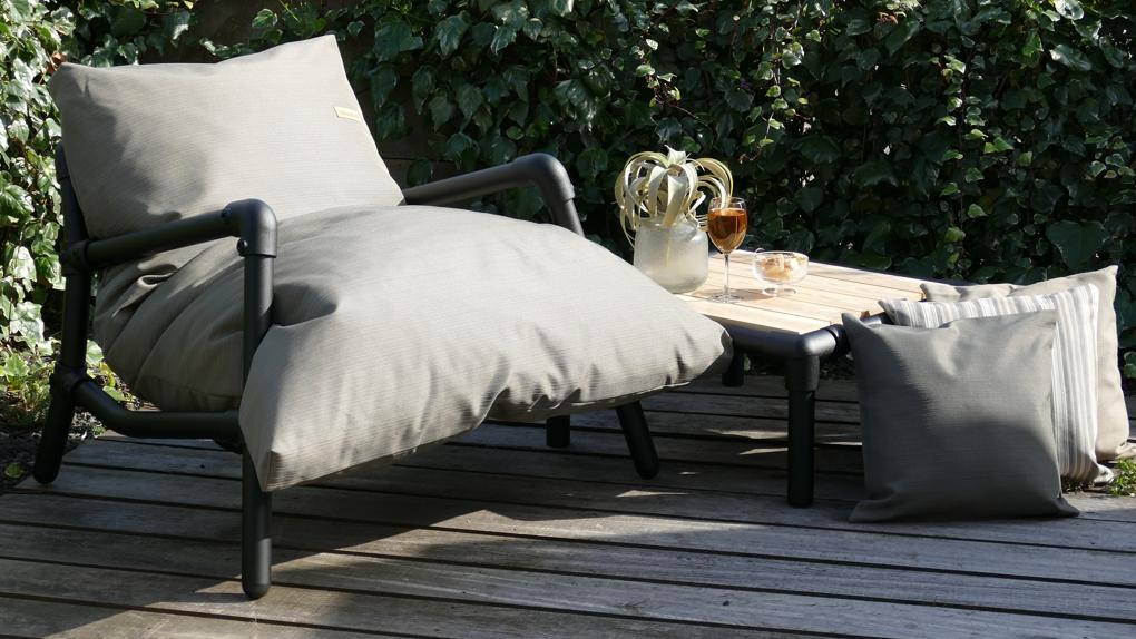 loungestoel buiten in outdoor stof in de kleur taupe
